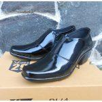 Sepatu Halboot