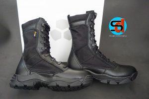 Sepatu TITANS Type Merc LT